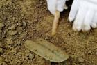船棺墓葬群再次器物