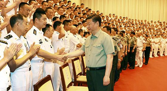 习近平视察海军机关