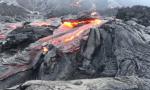 火山岩浆喷发盛况