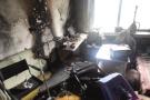 大连老旧电视引发火灾 消防员:不用的电器要拔下插头