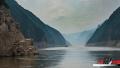 长江三峡库区水位回落 巫峡段重现古栈道遗址