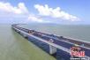 港珠澳大桥主体工程今贯通 标注中国工程建设新高度