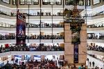 """景观体育:击剑世界杯摆擂购物中心,中国""""小众运动""""如何走出困局"""