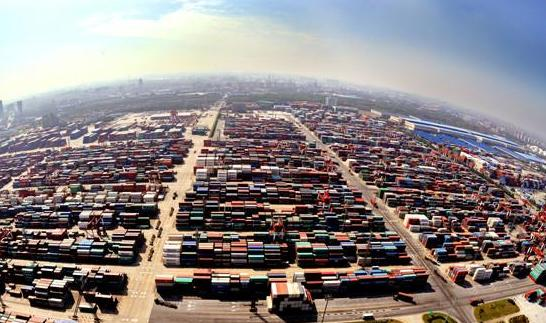 商务部: 前7个月服务进出口额超2.9万亿元