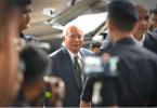 面临21项指控!马来西亚前总理纳吉布今天下午受审