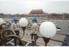 天安门广场国庆巨型花坛进入插花布置阶段