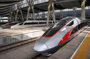 每隔4分钟!京沪高铁对开一组时速350公里动车