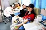 献血让人元气大?#32781;?#38169;误观念致国内献血?#23454;?>     </div>      <div  class=